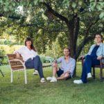 project initiators: Claudia Gilhofer, Nina Panholzer and Christian Schütz  © Gartenteilen